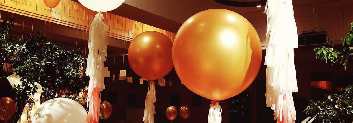 フリンジバルーンで結婚式やパーティー、イベントの装飾